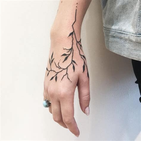 stylish tattoos girls hand wrist neck