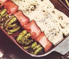 asparagi gratinati al prosciutto cotto,asparagi gratinati,asparagi,prosciutto cotto,salsa worcester,salsa,
