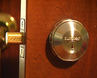 Choosing Door Locks for your Home Security - KRAVELV