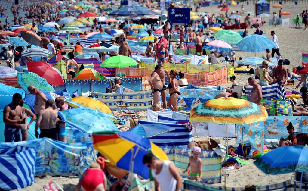Separadores de espaço na praia, uma tradição polonesa 13
