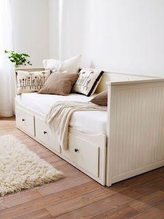 HEMNES bedbank   Deze pin repinnen wij om jullie te inspireren! #IKEArepint