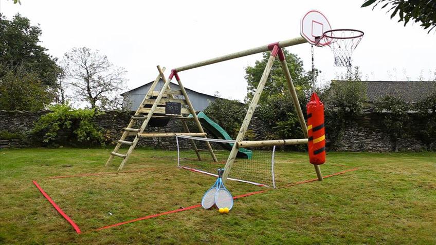 sportique balancoire couleurgarden basket