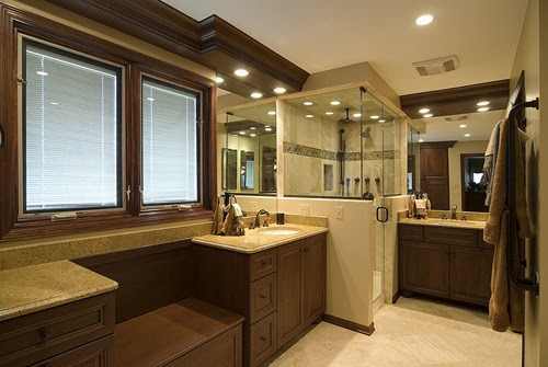 Master Bathroom Interior Designs - Simple and Luxurious ...