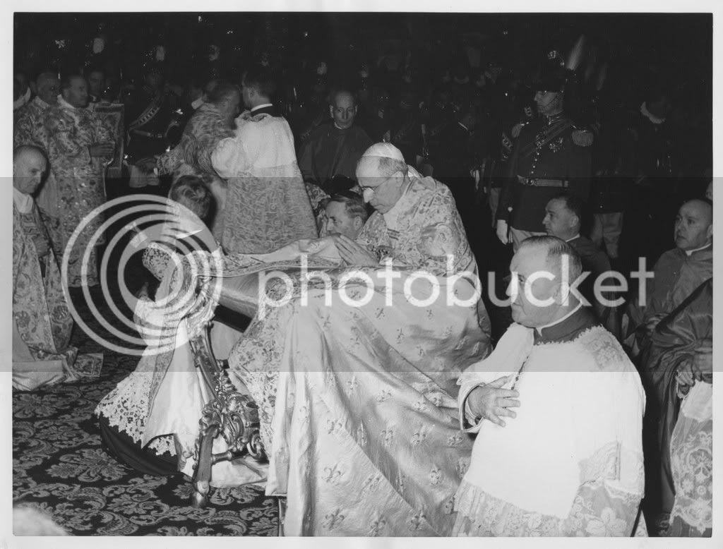 PiusXCanonization2.jpg picture by kjk76_94