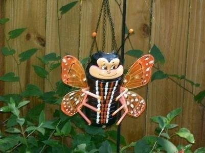 симпатишненькая пчелка