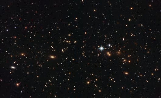 Hubble Weighs in on Mass of Three Million Billion Suns