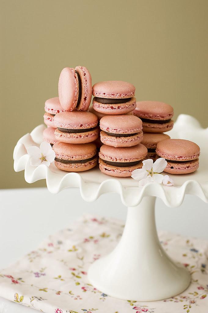 pink macarons - pedestal
