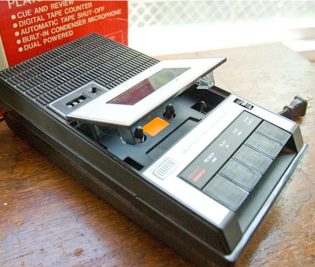 cassete tape recorder