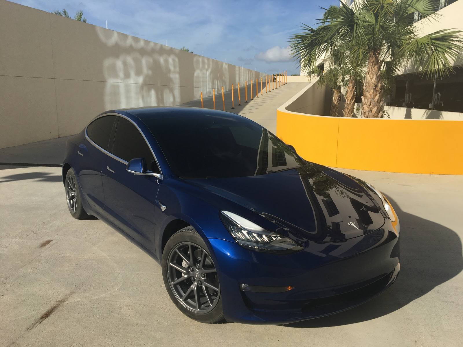 Stock 2020 Tesla Model 3 Performance Stealth 1 4 Mile Trap Speeds 0 60 Dragtimes Com