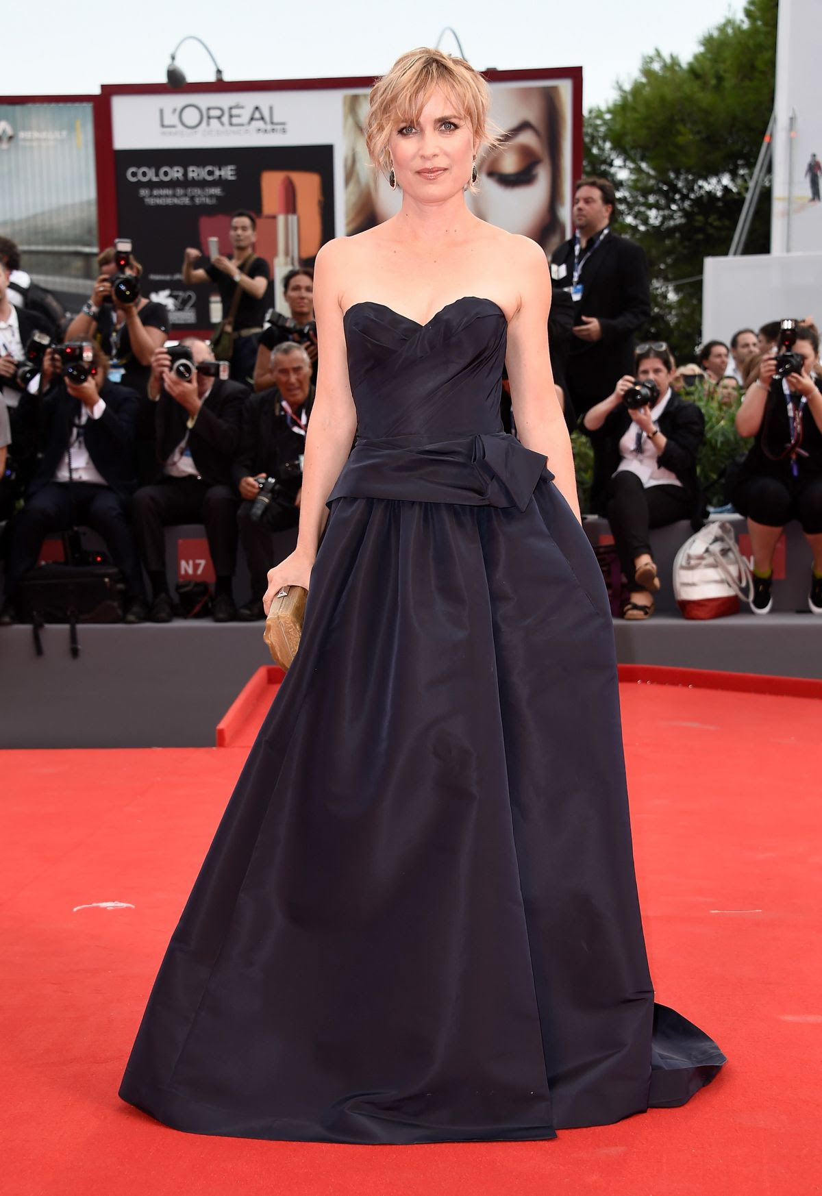 http://www.hawtcelebs.com/wp-content/uploads/2015/09/radha-mitchell-at-everest-premiere-and-72nd-venice-film-festival-opening-ceremony_9.jpg