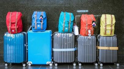 Россияне рассказали, на что тратят больше всего денег в путешествиях