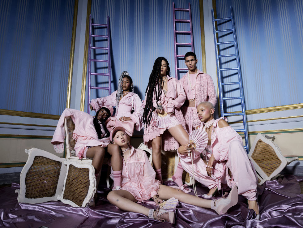 Models: Rihanna, Clarie Yurika Davis, Geron McKinley, Zaina Muiccia, Demi Scott, Joshua Willams and Slick Woods. Photographer: Tim Walker