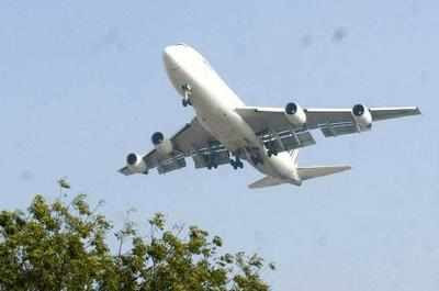 Turkish passenger loses over $257,000 in midair theft - Times of India