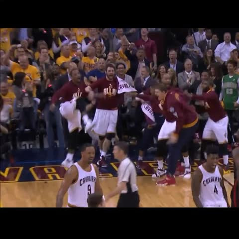 Not enough is being made about JR's celebration after LeBron's dunk on the baseline