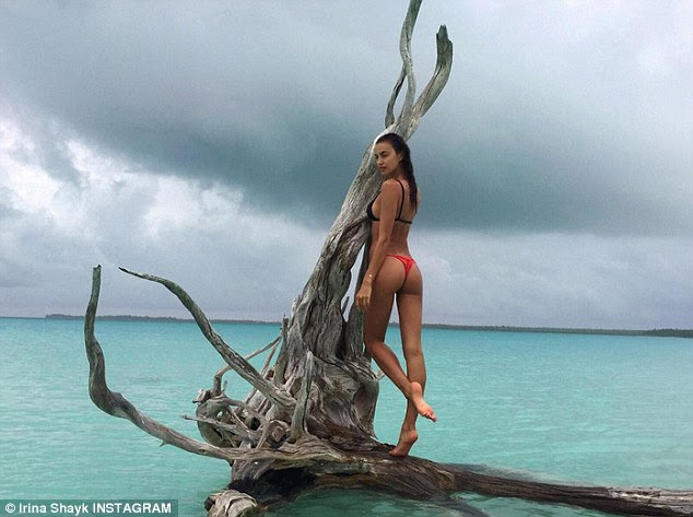Has it, flaunts it: Irina Shayk flaunted her stunning figure and perky asset in yet another sizzling bikini Instgram snap on Monday