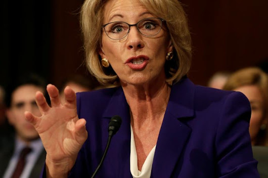 Betsy DeVos ends ban on crooked loan-collectors in the student debt biz