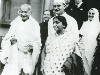 File:Gandhi Naidu London.jpg