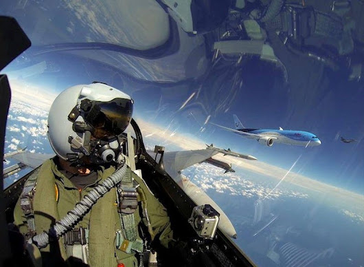 An F-16 Pilot Took This Amazing Selfie While Flying Alongside A Boeing Dreamliner