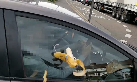 Pranksters startle drivers using mobile phones by yelling