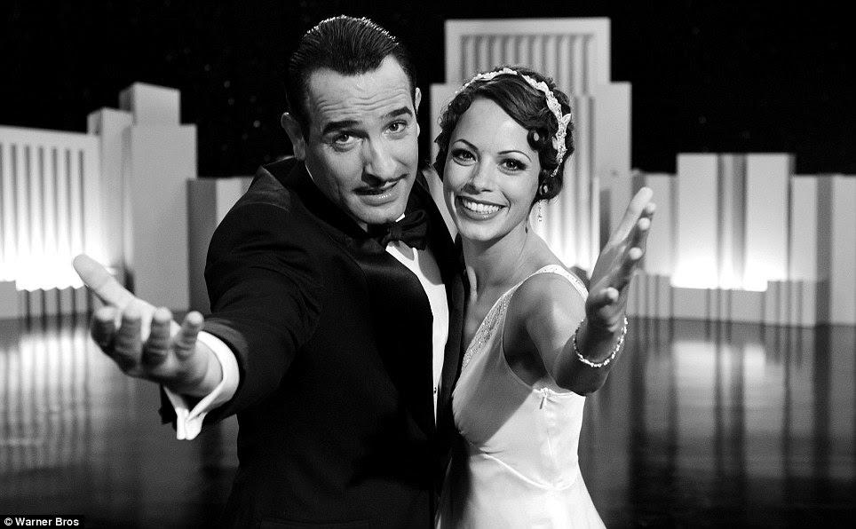 Cantando todo o caminho: The Artist, estrelado por Jean Dujardin e Berenice Bejo, tem recebido elogios da crítica em todo o mundo