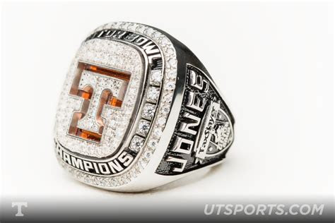 TaxSlayer Bowl Rings   VolNation
