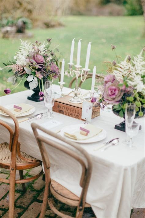 Rustic outdoor wedding table chic   Fab Mood   Wedding