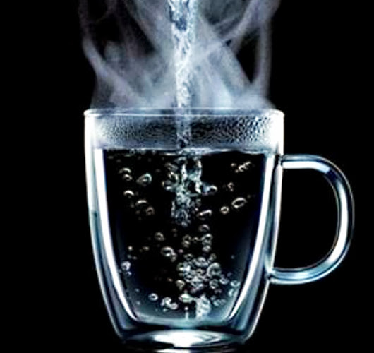 Benefits of Drinking Hot Water on An Empty Stomach Every Morning?