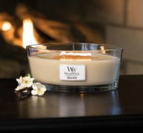 Free WoodWick Candle (everyday at 12am EST)