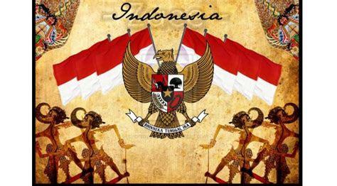 garuda pancasila perkasa  tangan seniman indonesia
