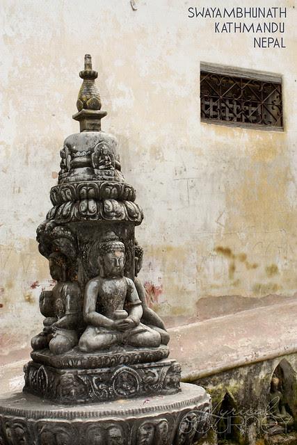 Idol at Swayambunath