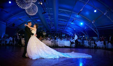 REAL WEDDING: LOUISE AND CHARBEL