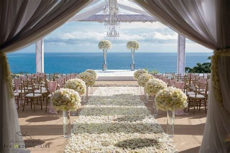 5 Beautiful Weddings Held at Private Luxury Villas in Phuket