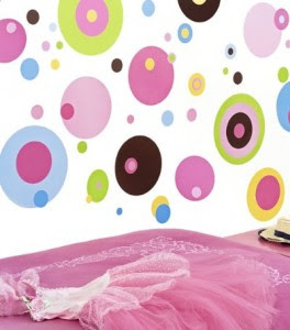 Decorate Your Child's Room {ideas for both the uncommitted and the ...