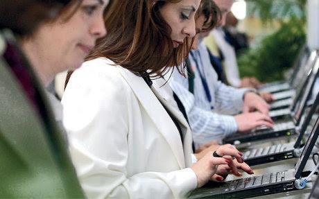 Negara Uni Emirat Arab Selatan dengan Peraturan Internet Paling Sadis