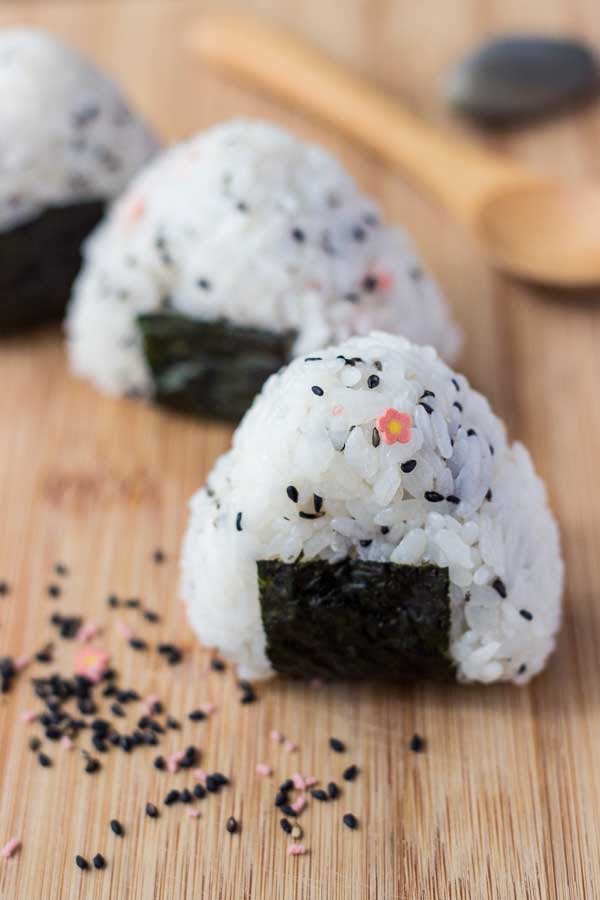 Onigiri Recipe - The Simple Japanese Rice Ball Snack