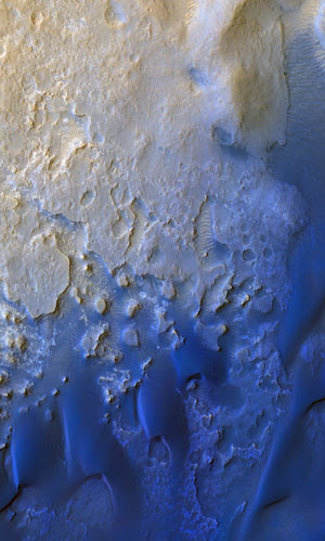 Color-enhanced view of the terrain and dunes ~1-2 km southwest from the Curiosity landing site in Gale Crater, Mars. Data source: HiRISE, NASA/JPL/University of Arizona.
