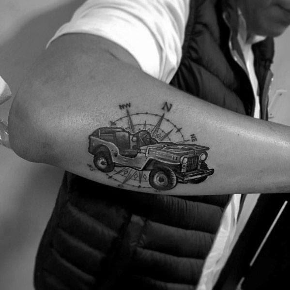 Tatuagens de jipe de idéias masculinas