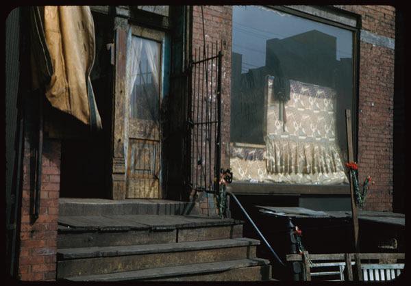 Gypsies live here. 620 Maxwell St.