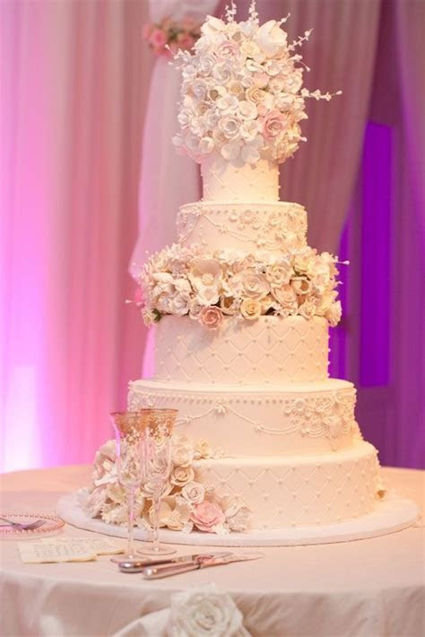Wedding Cake. Extravagant Wedding cake. Gumpaste Flowers