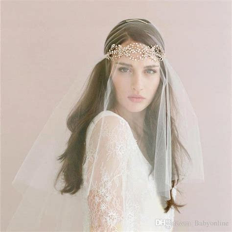 New 2016 Hot Cheap Bridal Veils With Tiaras Headpieces