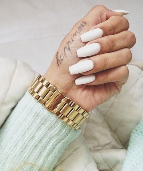 Резултат слика за white summer nail polish tumblr