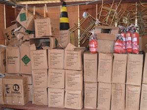 Lojistas temem que estoque de extintores aumentem (Foto: Rogério Aderbal/ G1)