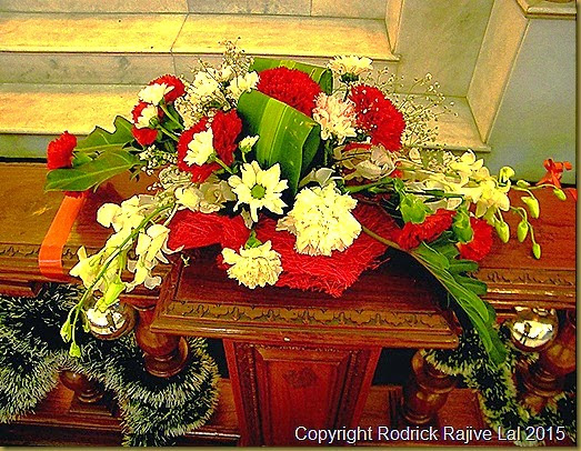 Rodrick Writes: Pictures of the Altar Decorations of the ...
