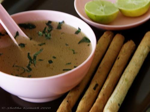 Garlic Soup with masala bread sticks