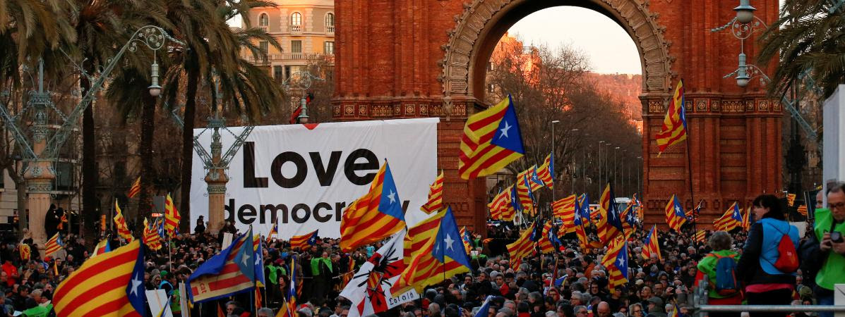 Manifestation de soutien à Artur Mas dans les rues de Barcelone, le 6 février 2017