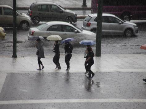 Καιρός: Η πρόγνωση για την Πέμπτη - Πού θα βρέχει