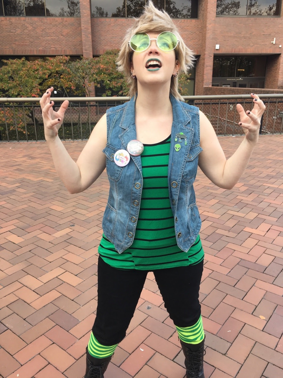 So excited to cosplay human!Peridot today at Sherlock Seattle!!!