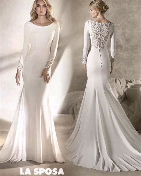 Best 25  Plain wedding dress ideas on Pinterest