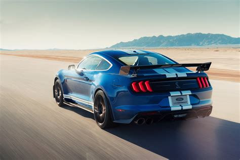 ford mustang shelby gt   powerful mustang