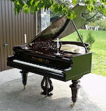 Piano - online jigsaw puzzle - 81 pieces